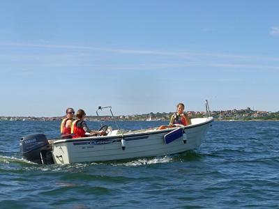 Följebåten